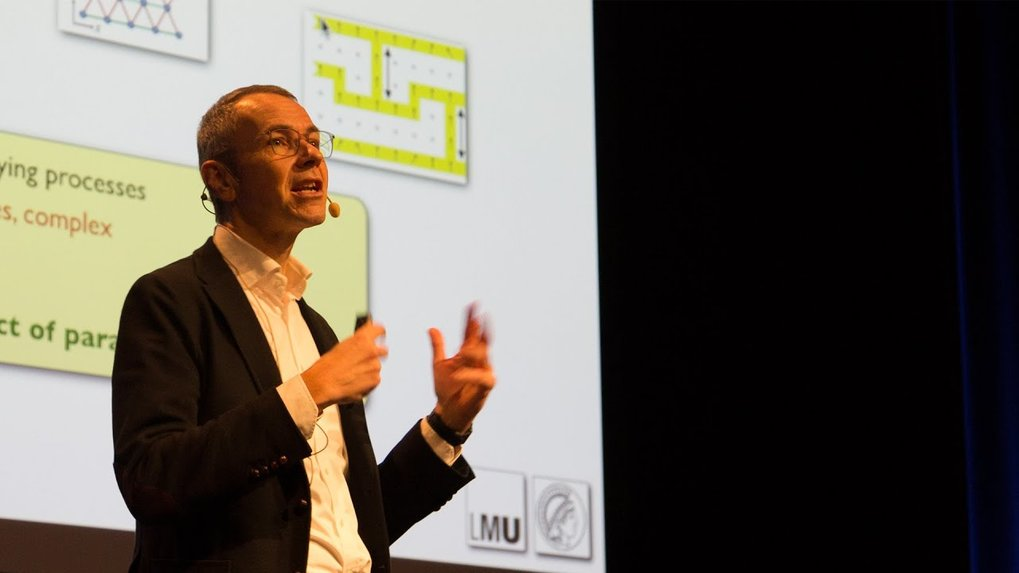 "Lecture by Professor Immanuel Bloch at the Molecular Frontiers Symposium ""Light at the Nanoscale: from Molecules to Quantum Computers"" at Chalmers University of Technology, December 2019."